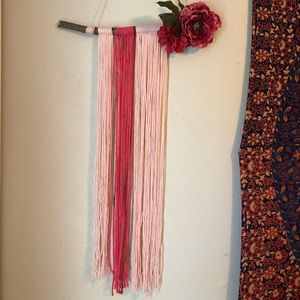 Other - Floral yarn wall hanging